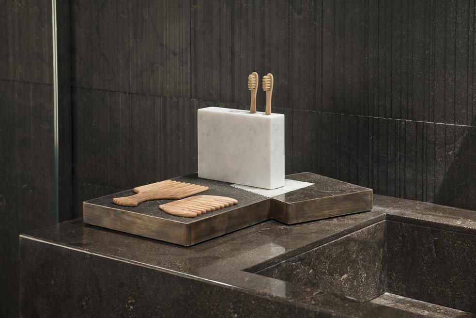 04_Salvatori_marmo_Plat-eau bath_Silvia Fanticelli