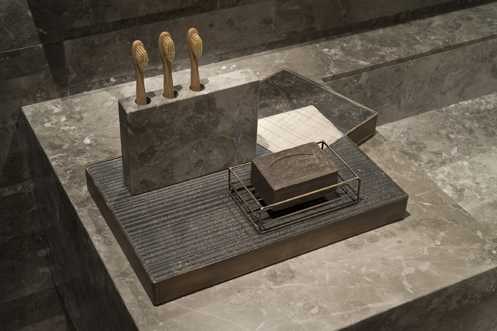 02_Salvatori_marmo_Plat-eau bath_Silvia Fanticelli